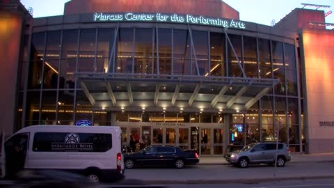 Man falls off balcony at Marcus Center